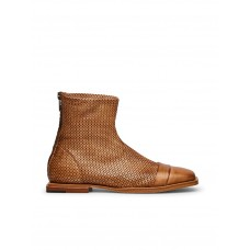 Women's Barracuda Boots Fitted Spring AWBCONA